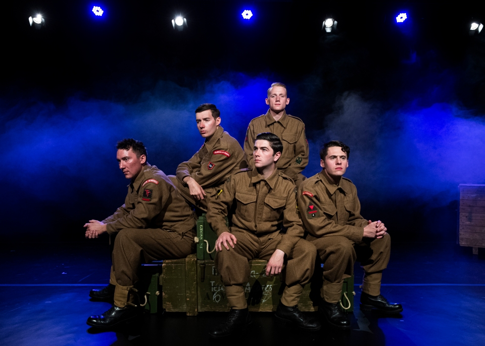 APOSCOT-2019-093-Bomb Happy Army at the Fringe-366
